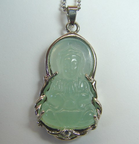 jade kwan yin pendants