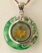 golden horse pendant