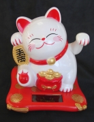Solar Energy White Cat Statue